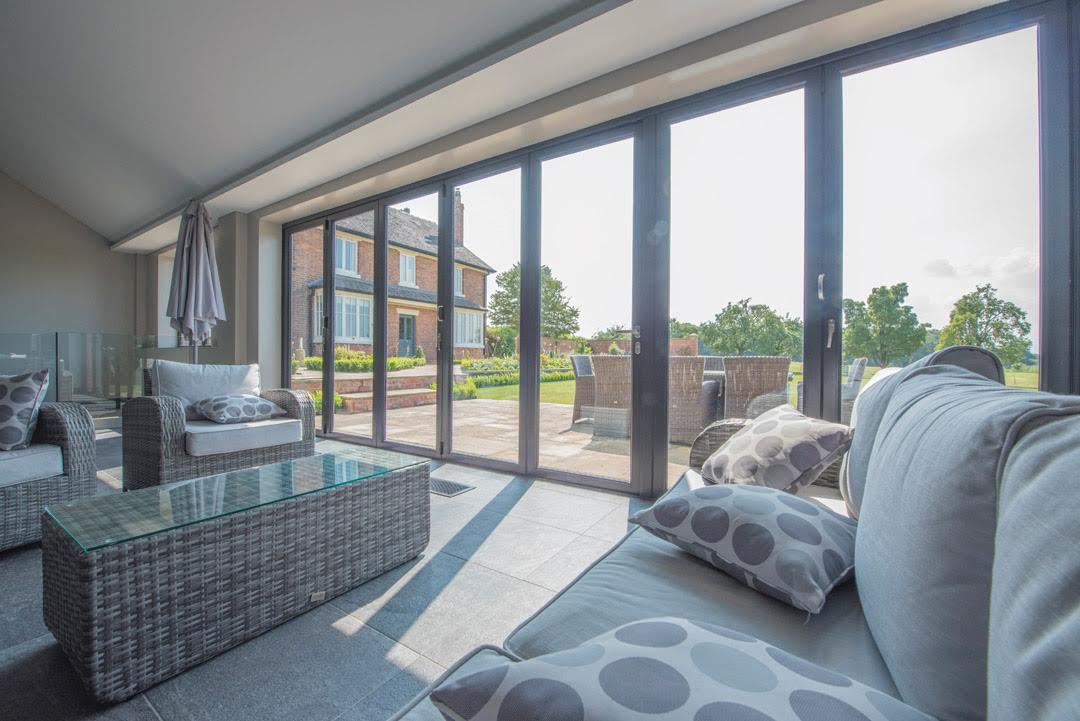 haus glass aluminium sliding doors company cheshire wa4 6bn our work haus glass haus glass. Black Bedroom Furniture Sets. Home Design Ideas